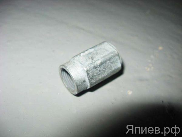 Гайка к угольнику поворотному МТЗ 240-1104119