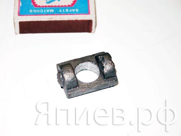 Сухарик рычага отжимного сцепления ЮМЗ 45-1604078 (РФ) тс