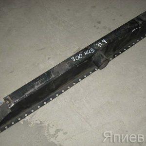 Бак радиатора К-700 нижний (серый) (2,46 кг) 700.13.01.120 (СПб) мх