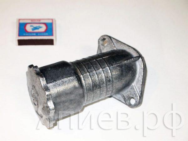Горловина маслозаливная двигателя МТЗ 240-1002115 (ММЗ) зт