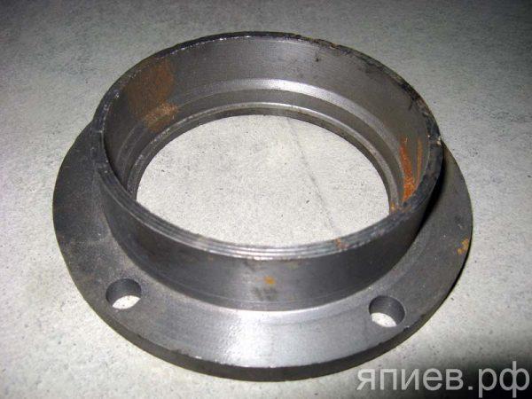 Корпус уплотнения направляющего колеса ДТ 77.32.012