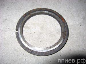 Кольцо опорного катка Т-4  04.31.130