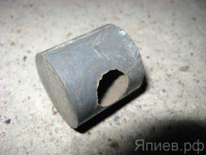 Глазок шнека жатки Нива, Дон (пласт.) (d=14 мм) 54-00348 (РФ) ан
