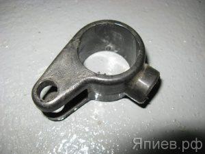 Муфта серьги тормозка сцепления Т-150 (СМД) (пластик) 150.21.243